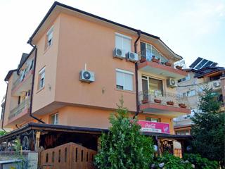 """Хотел Лагуна Сарафово, ул. """"Септемврийска"""" 13, кв. Сарафово, Бургас"""