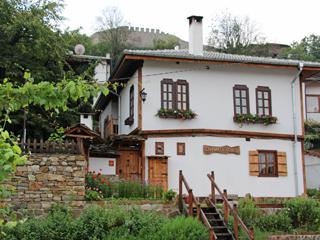 """Къща за гости Старият Ловеч, ул. """"Феликс Каниц"""" 2, Ловеч"""
