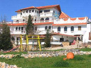 Хотел Гамартата, Дюни