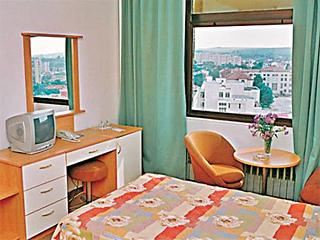 """Хотел Балкан, бул. """"Русе"""" 82, Плевен"""